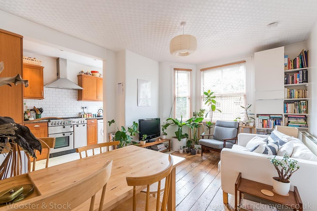 Flat/Apartment For Sale in Denman Road, SE15 130 view2