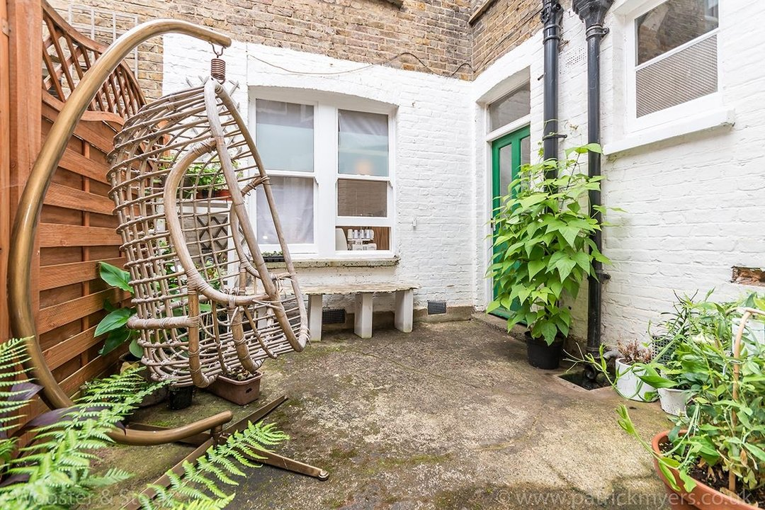 Flat/Apartment For Sale in Denman Road, SE15 130 view19