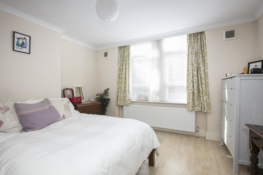 Flat/Apartment For Sale in Denman Road, SE15 209 view7