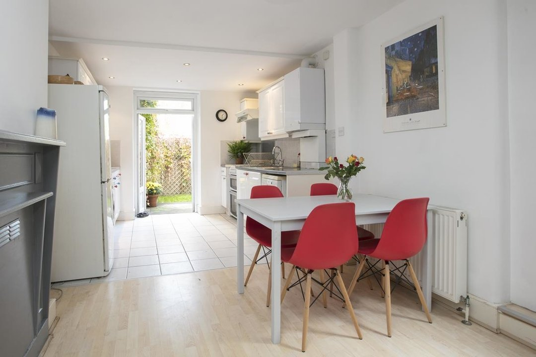 Flat/Apartment For Sale in Denman Road, SE15 209 view6
