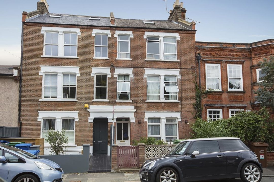 Flat/Apartment For Sale in Denman Road, SE15 209 view3