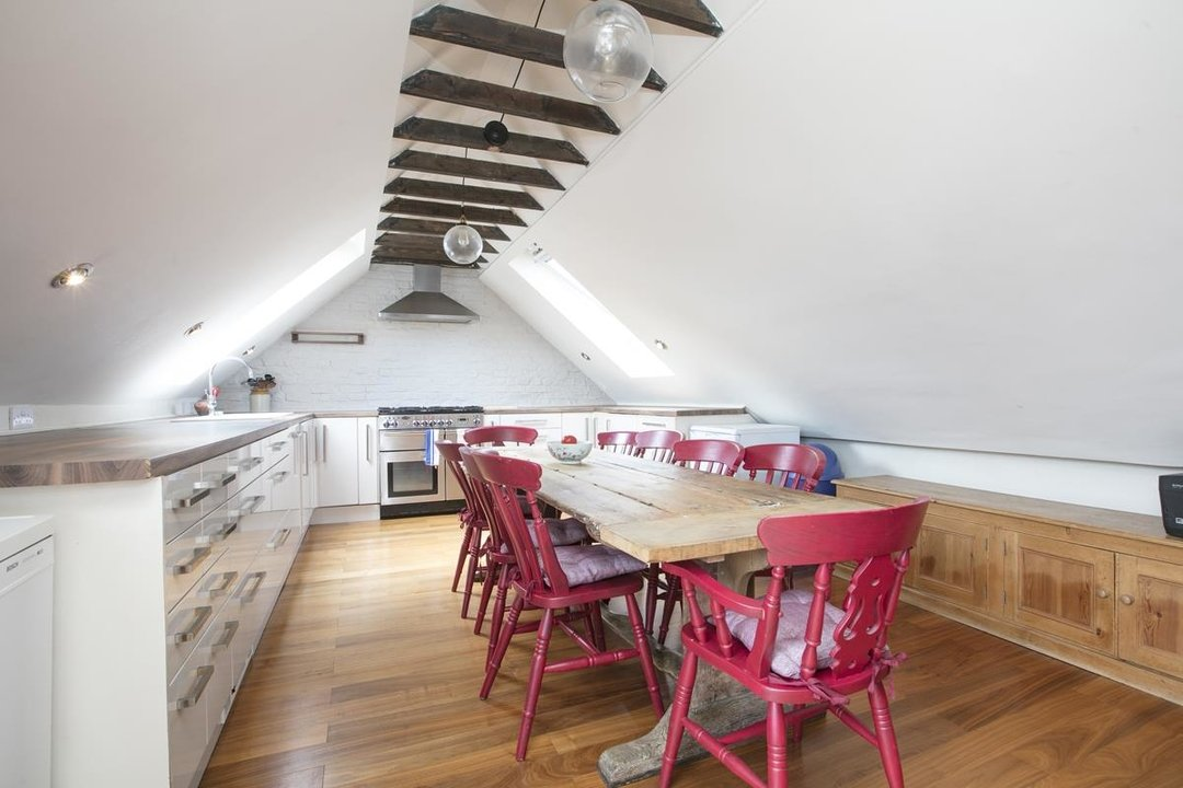 Flat/Apartment For Sale in Deptford High Street, SE8 341 view1