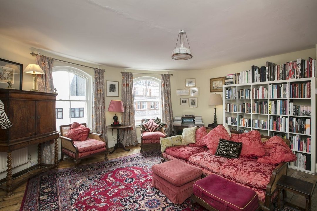 Flat/Apartment For Sale in Deptford High Street, SE8 341 view3