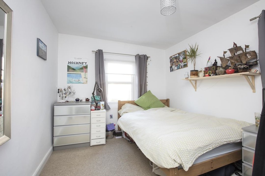 House - Terraced Sale Agreed in Elcot Avenue, SE15 235 view7
