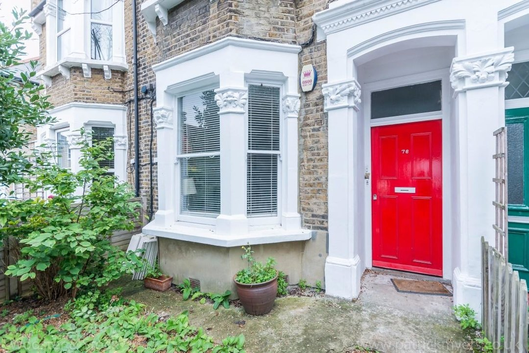Flat - Conversion Sale Agreed in Fenwick Road, SE15 176 view18