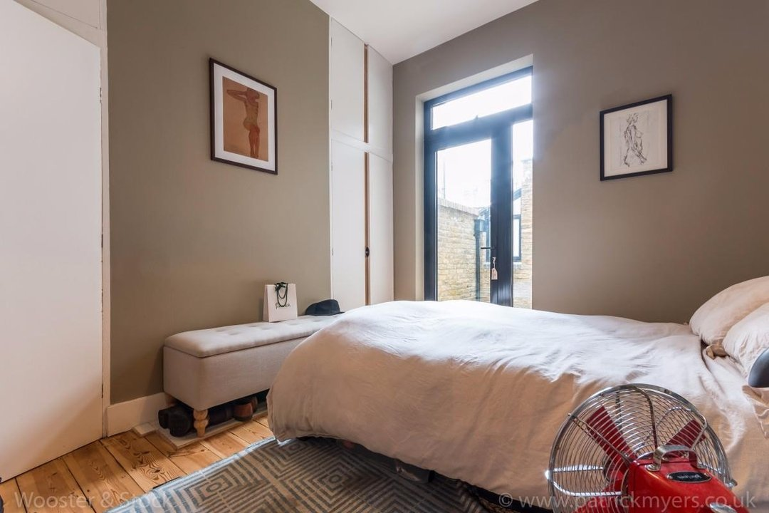 Flat - Conversion Sold in Fenwick Road, SE15 176 view12