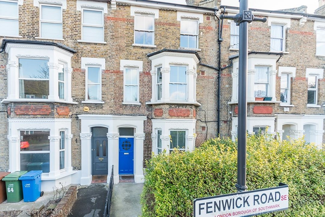 Flat/Apartment Sold in Fenwick Road, SE15 248 view1
