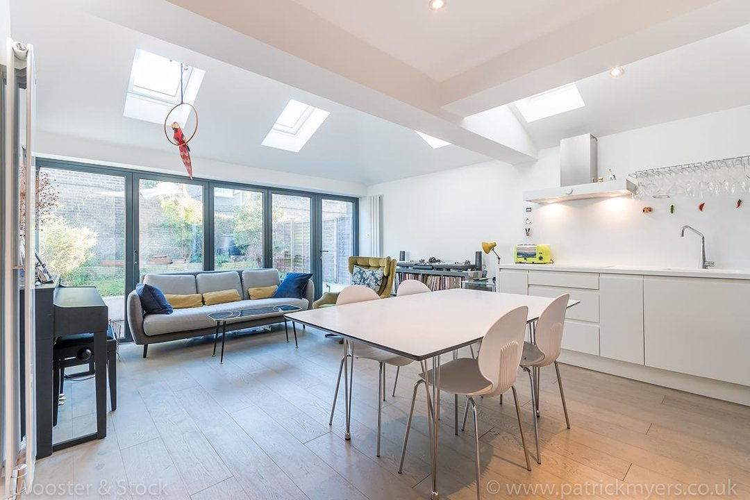 Flat/Apartment Sold in Fenwick Road, SE15 248 view2
