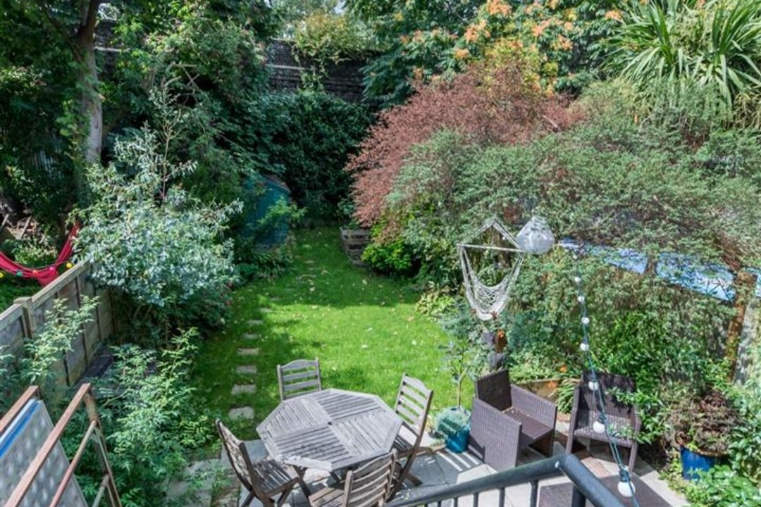 Flat - Conversion Sold in Flaxman Road, SE5 173 view7