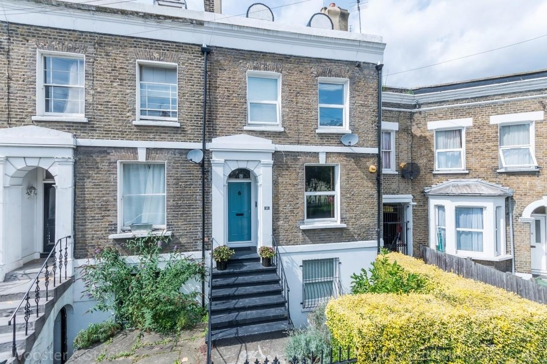 Flat - Conversion Sale Agreed in Flaxman Road, SE5 173 view1