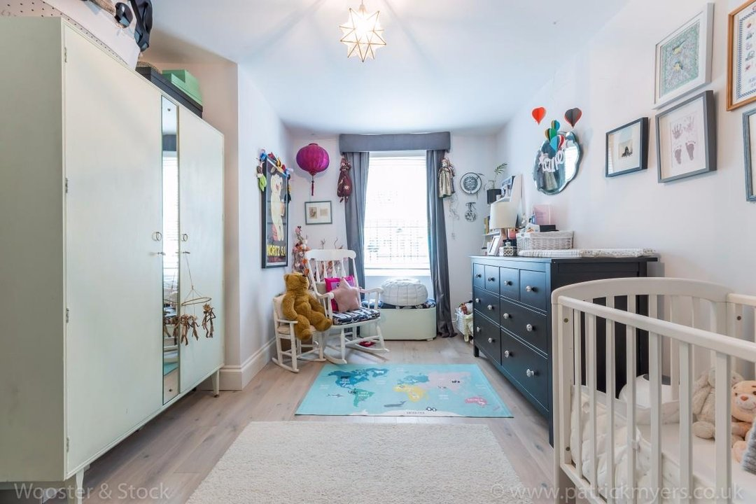 Flat - Conversion Sold in Flaxman Road, SE5 173 view17