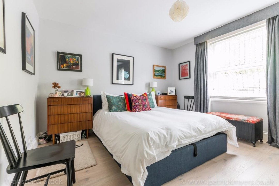 Flat - Conversion Sale Agreed in Flaxman Road, SE5 173 view8