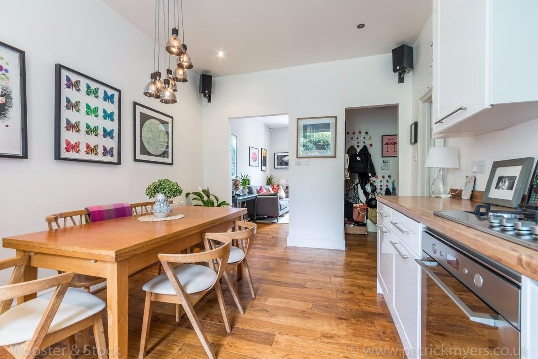 Flat - Conversion Sold in Flaxman Road, SE5 173 view6