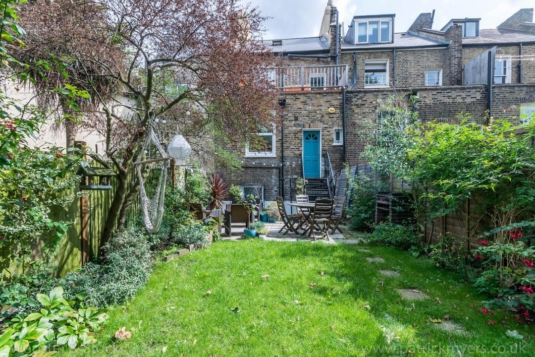 Flat - Conversion Sale Agreed in Flaxman Road, SE5 173 view10