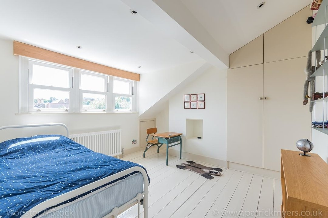 House - Terraced For Sale in Friern Road, SE22 122 view15