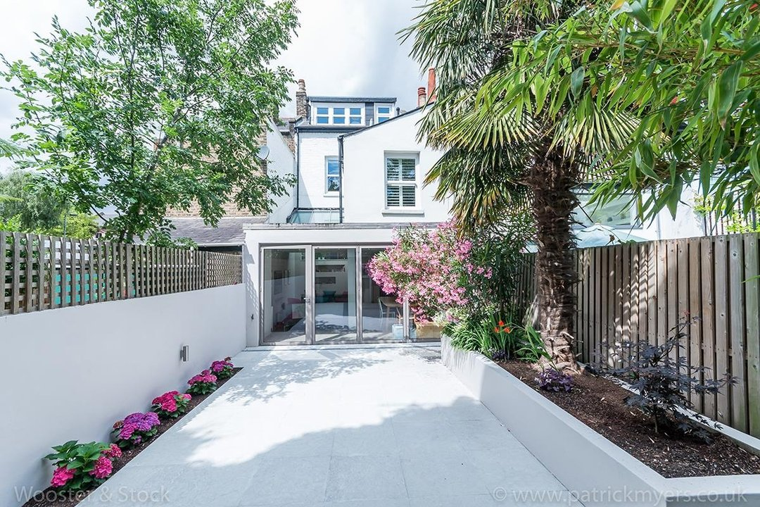 House - Terraced For Sale in Friern Road, SE22 122 view20