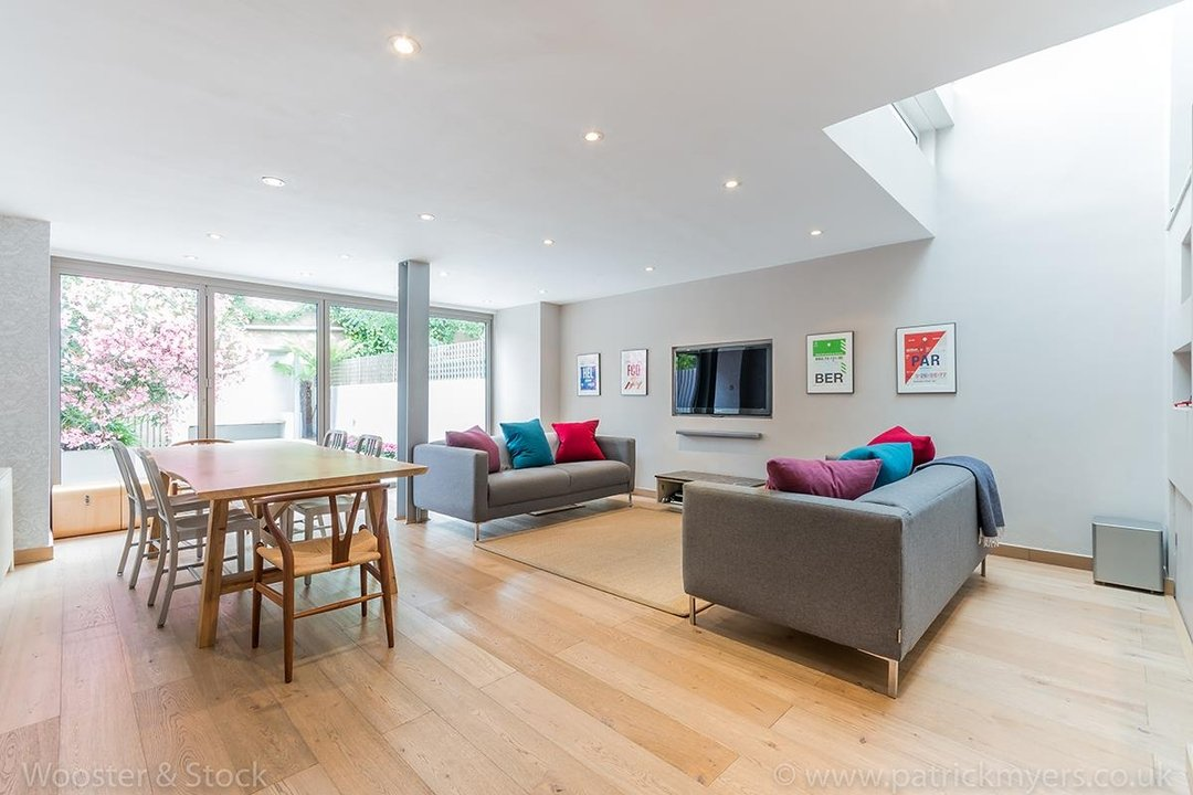 House - Terraced For Sale in Friern Road, SE22 122 view4