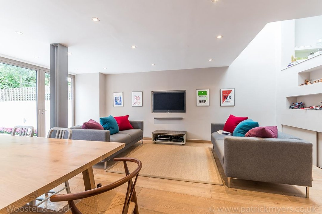 House - Terraced For Sale in Friern Road, SE22 122 view6