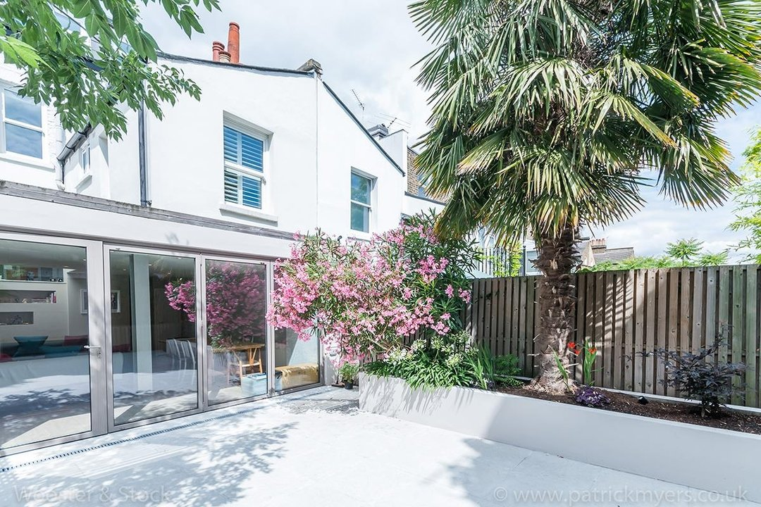 House - Terraced For Sale in Friern Road, SE22 122 view21
