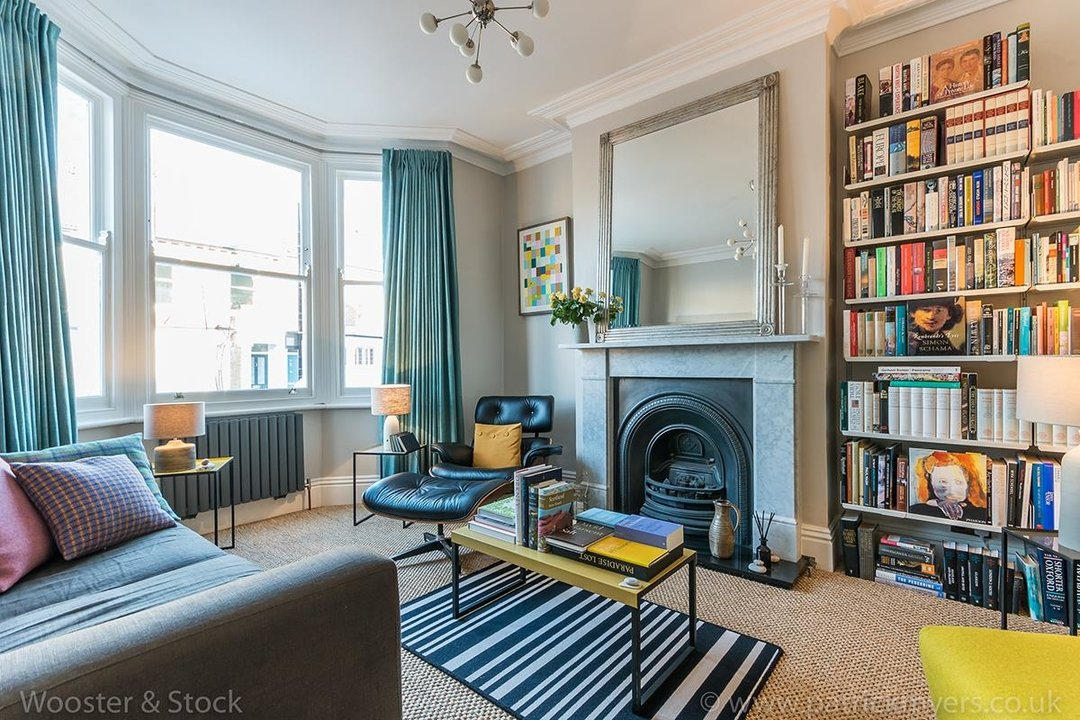 House - Terraced Sold in Gairloch Road, SE5 242 view5