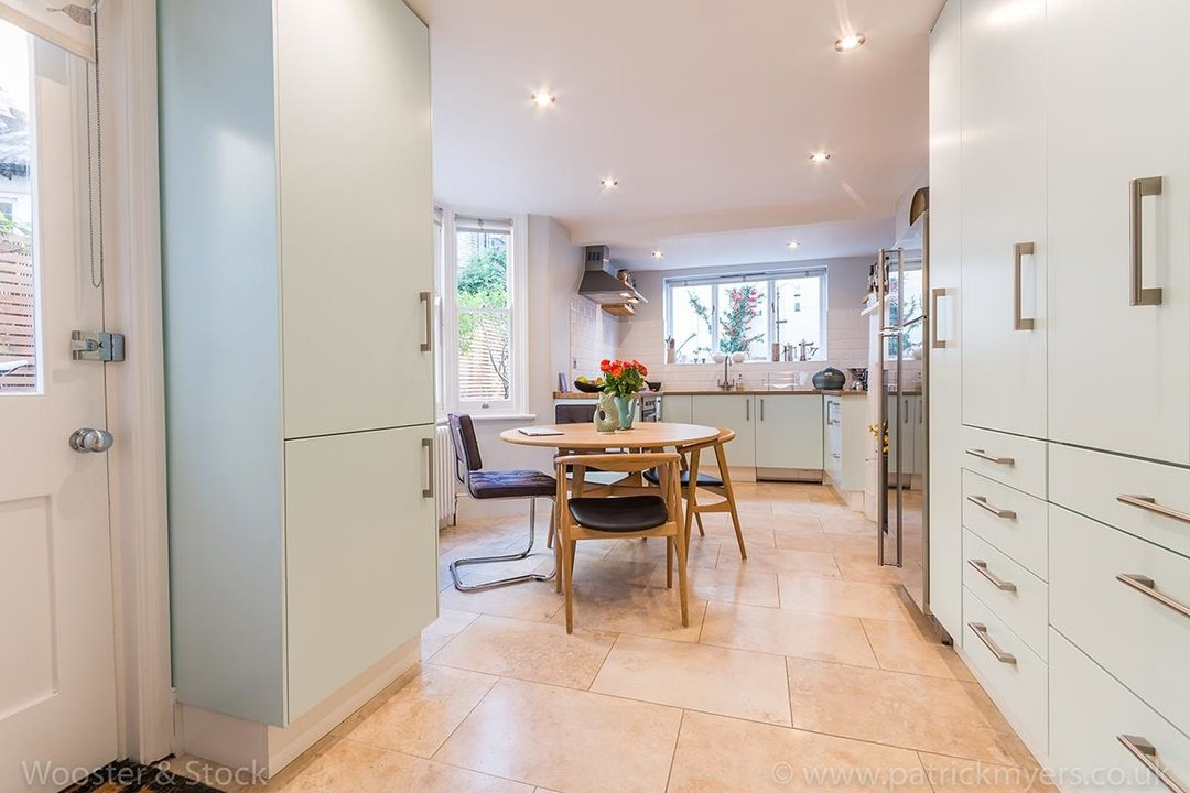 House - Terraced Sold in Gairloch Road, SE5 242 view7