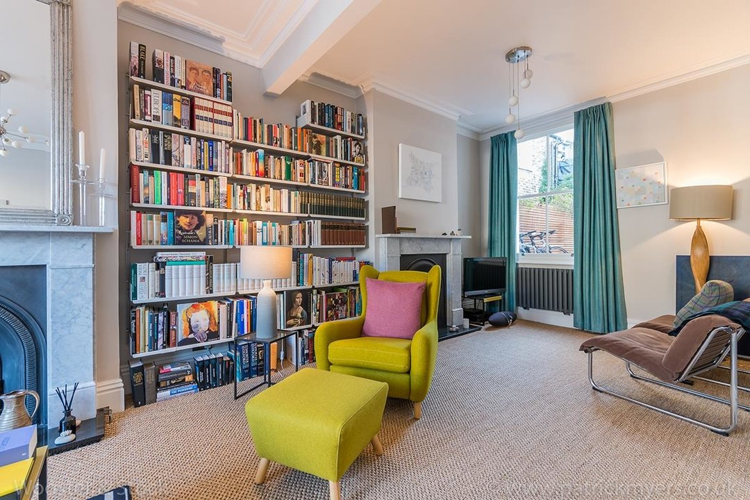 House - Terraced Sold in Gairloch Road, SE5 242 view3