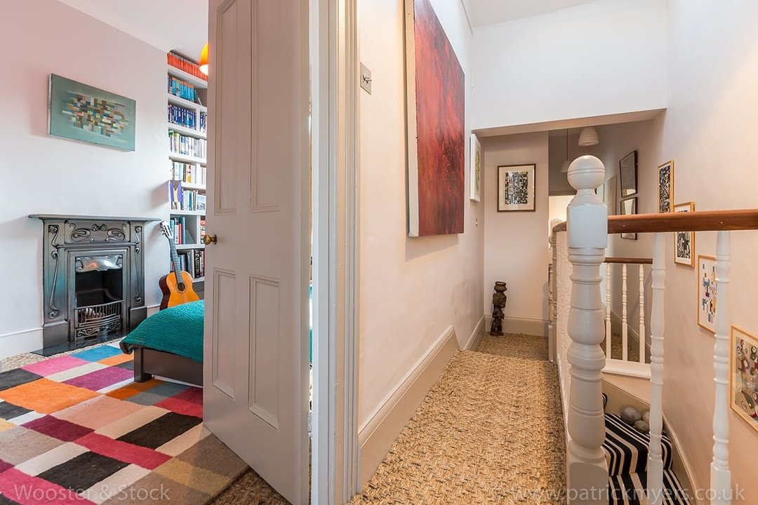House - Terraced Sold in Gairloch Road, SE5 242 view18