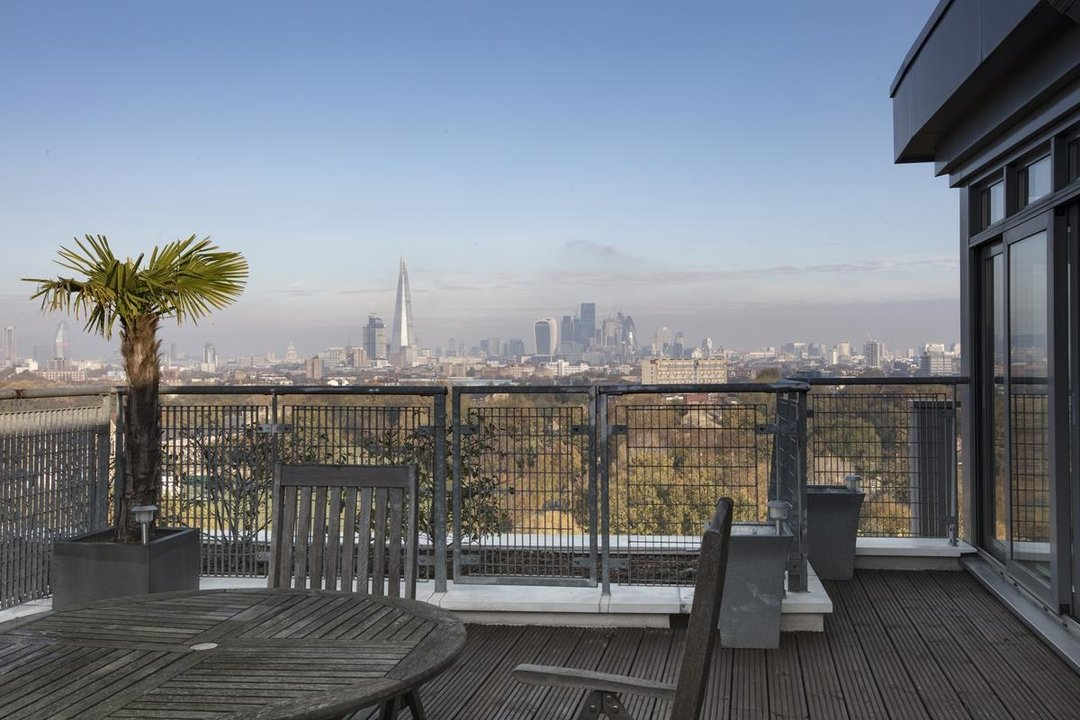 Flat/Apartment For Sale in Galleria Court, Sumner Road, SE15 226 view18