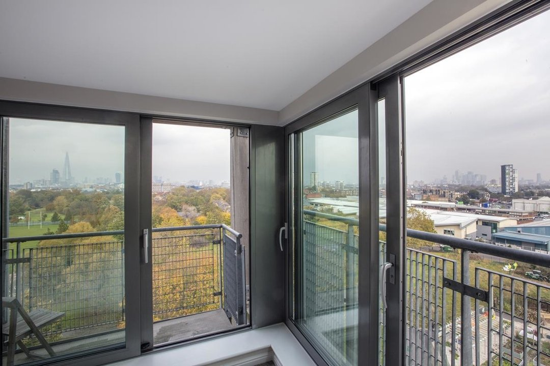 Flat/Apartment For Sale in Galleria Court, Sumner Road, SE15 226 view10