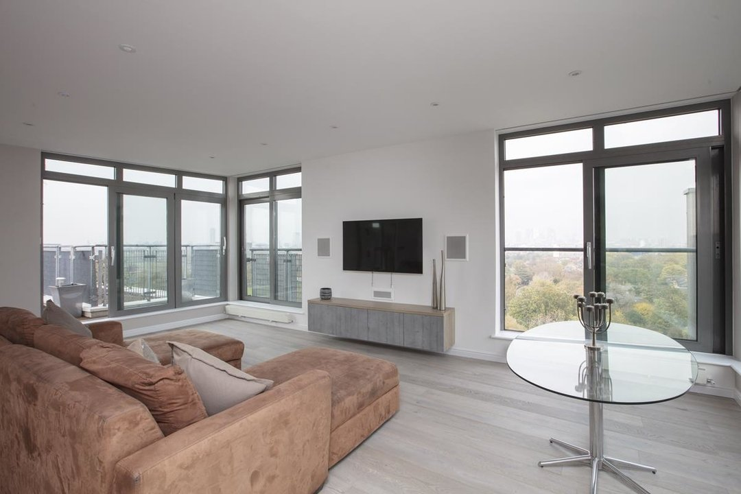 Flat/Apartment For Sale in Galleria Court, Sumner Road, SE15 226 view8