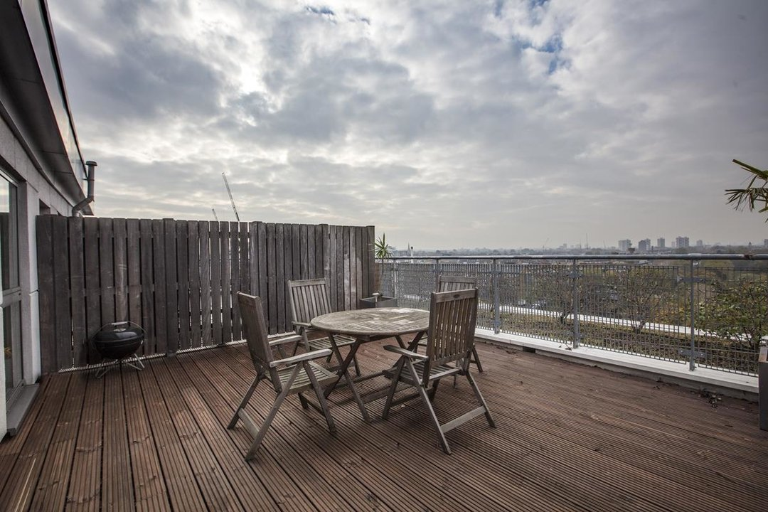 Flat/Apartment For Sale in Galleria Court, Sumner Road, SE15 226 view13