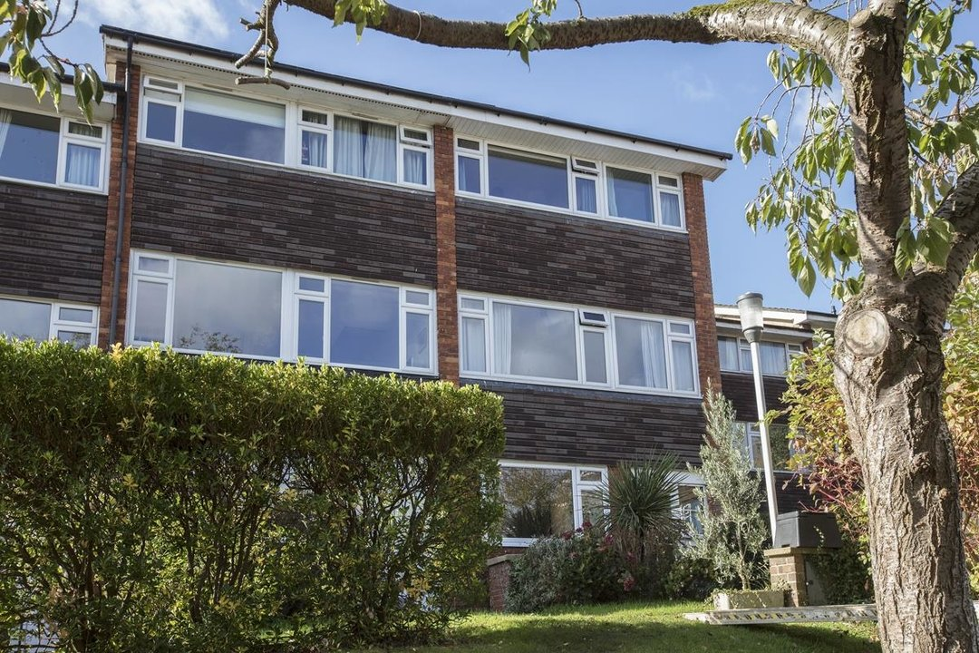 House - End Terrace Sale Agreed in Grassmount, SE23 204 view1