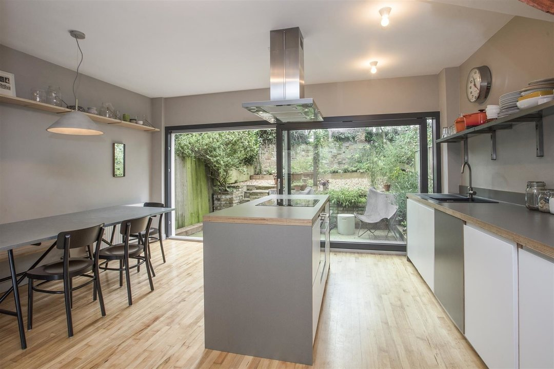 House - End Terrace For Sale in Grassmount, SE23 205 view4