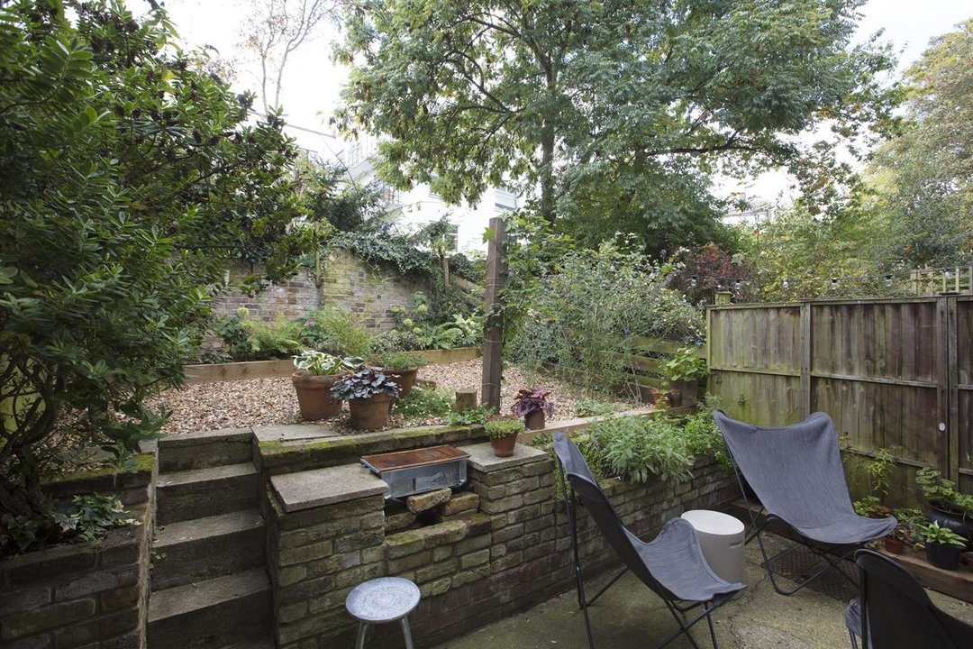 House - End Terrace For Sale in Grassmount, SE23 205 view15