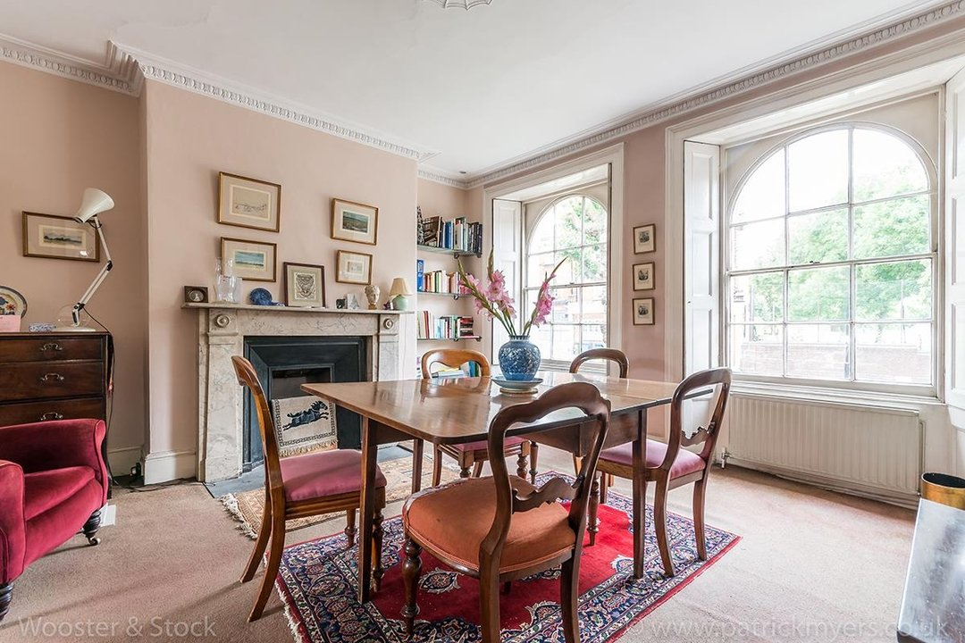 House - Semi-Detached For Sale in Grove Lane, London 121 view3