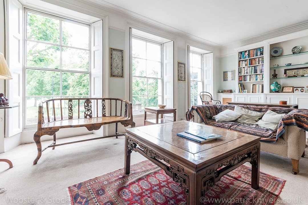 House - Semi-Detached For Sale in Grove Lane, London 121 view23