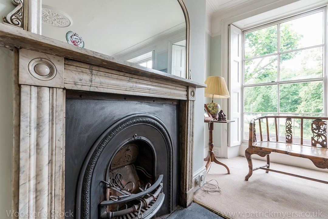 House - Semi-Detached For Sale in Grove Lane, London 121 view24