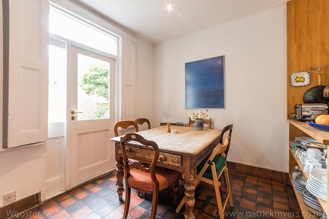 House - Semi-Detached For Sale in Grove Lane, London 121 view11