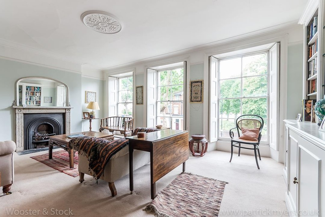 House - Semi-Detached For Sale in Grove Lane, London 121 view19