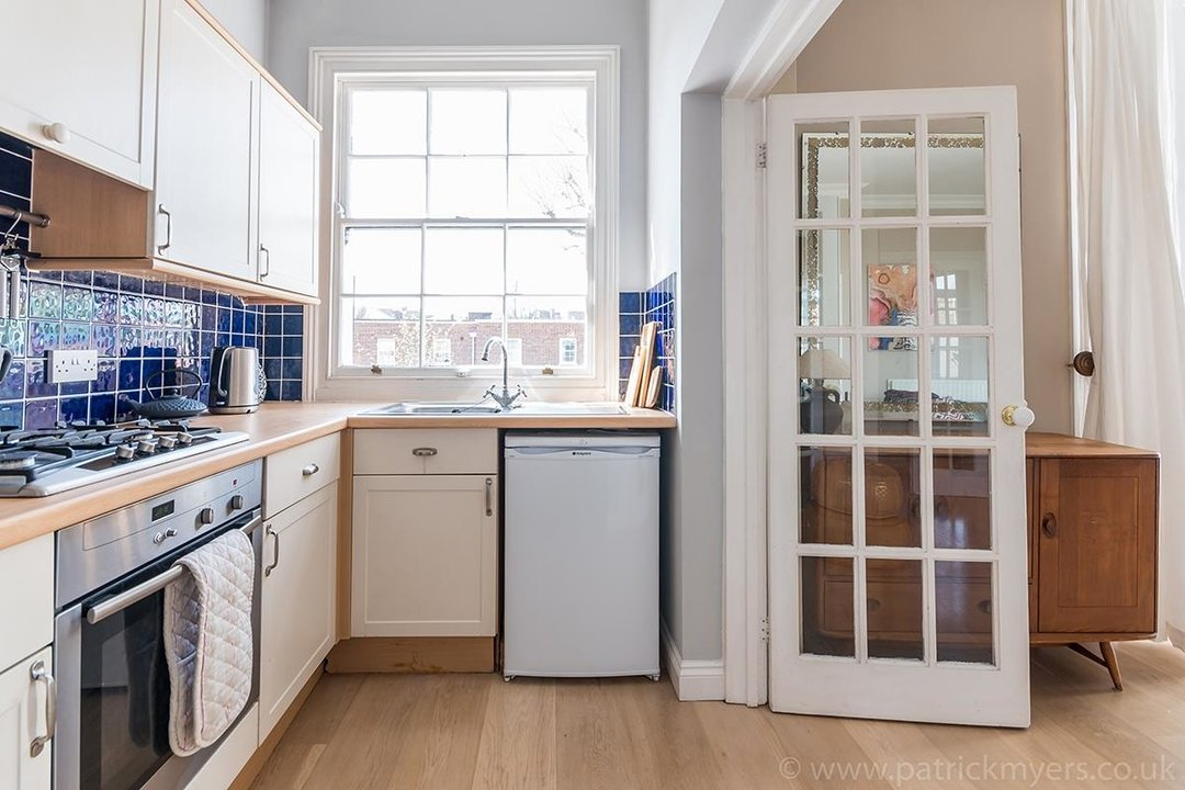 Flat - Conversion Sold in Grove Lane, SE5 12 view11