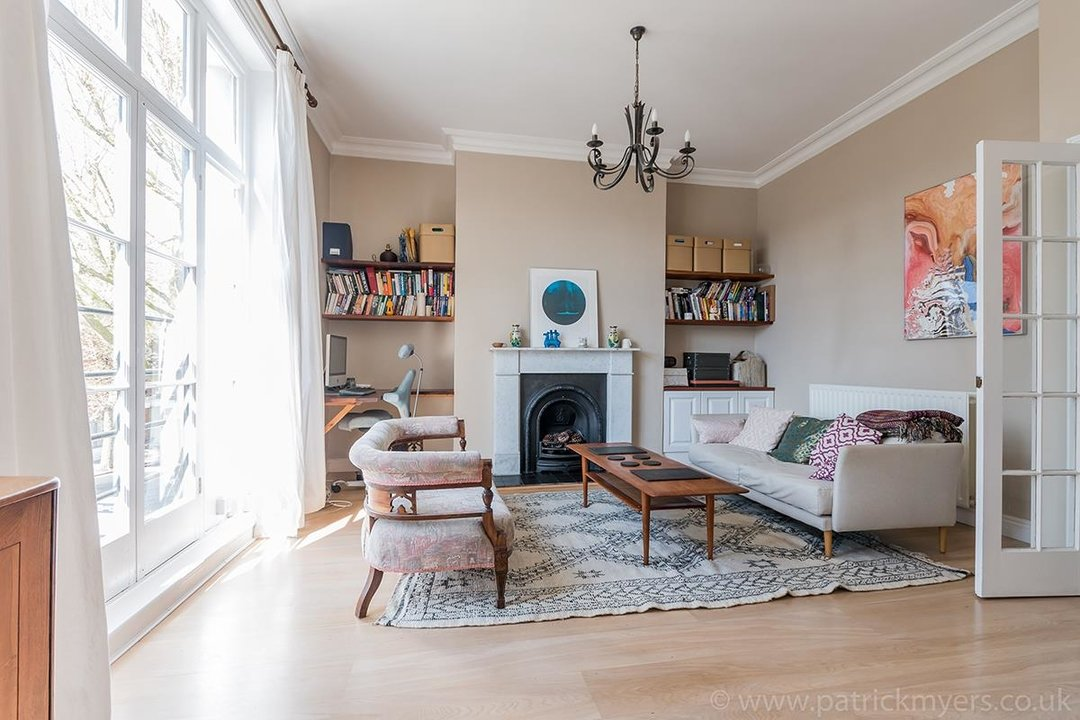 Flat - Conversion Sold in Grove Lane, SE5 12 view4