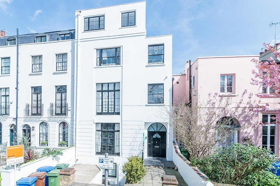Flat - Conversion Sold in Grove Lane, SE5 12 view1