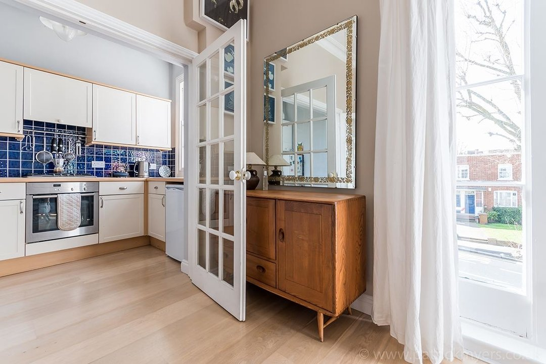 Flat - Conversion Sold in Grove Lane, SE5 12 view13