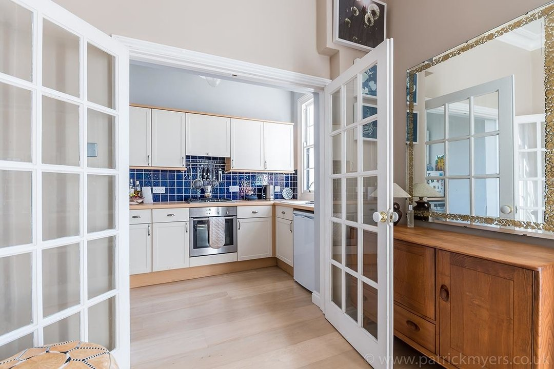 Flat - Conversion Sold in Grove Lane, SE5 12 view6