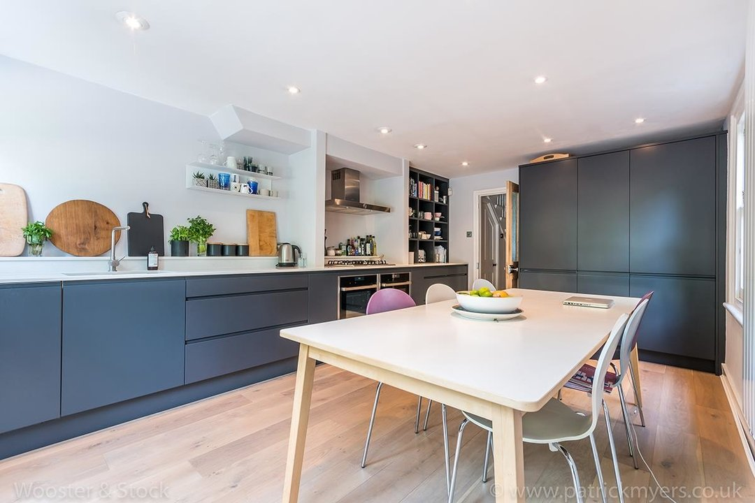 House - Terraced Sale Agreed in Grove Lane, SE5 120 view5
