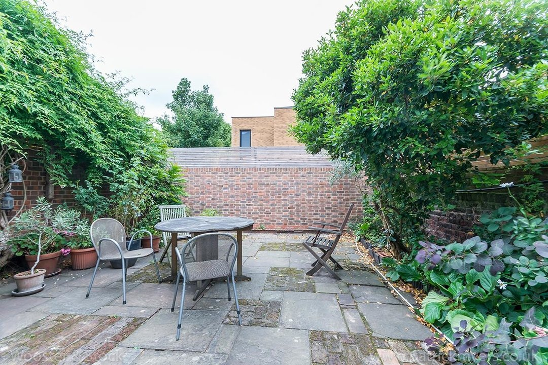 House - Terraced Sale Agreed in Grove Lane, SE5 121 view14
