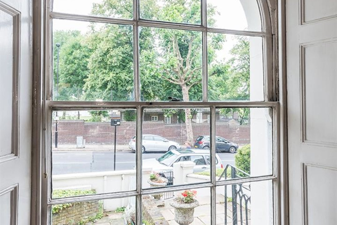 House - Terraced For Sale in Grove Lane, SE5 121 view5
