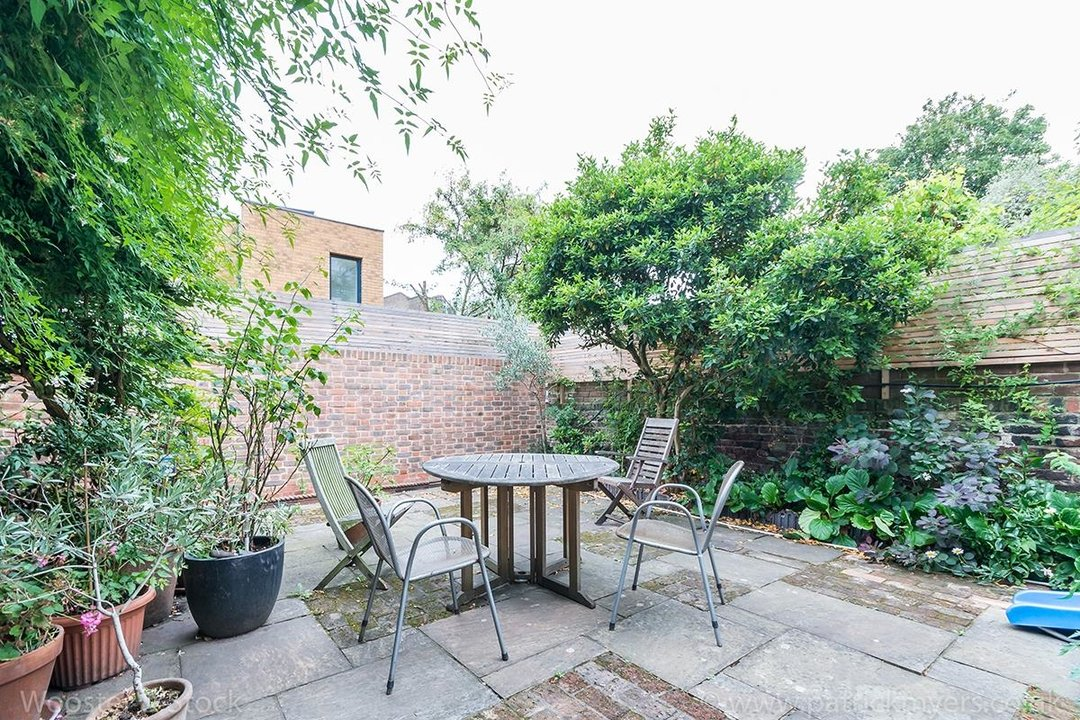 House - Terraced Sale Agreed in Grove Lane, SE5 121 view12