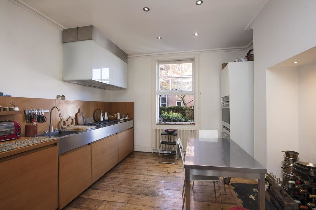 House - Terraced For Sale in Grove Lane, SE5 259 view3