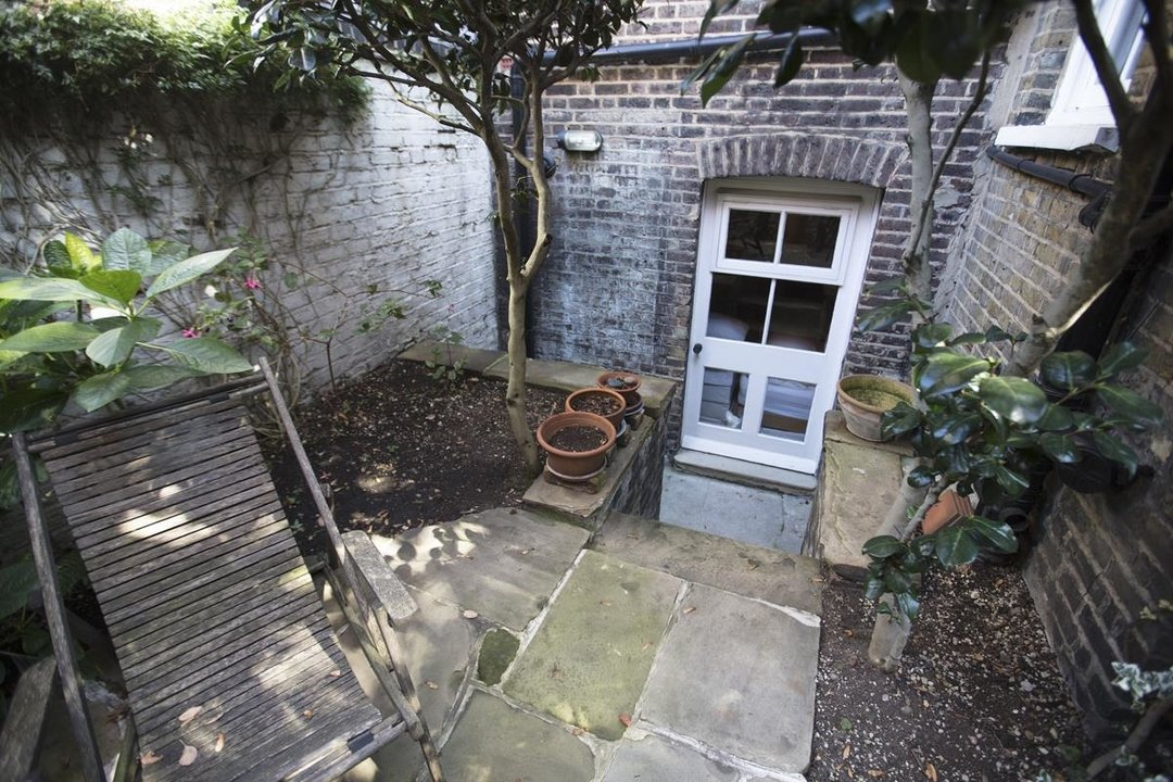 House - Terraced For Sale in Grove Lane, SE5 259 view14
